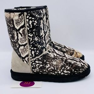 UGG Women's Classic Short Exotic Snake Boot Size 6
